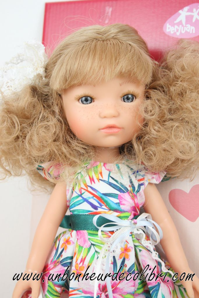 Poupée Fashion Girl Blonde bouclée