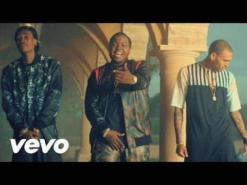 Kid Ink - Show Me ft. Chris Brown - YouTube