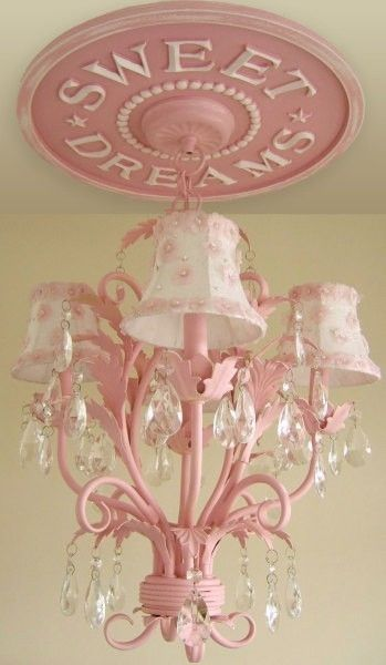 so cute! wanna paint old chandelier and decorate it like this one :*