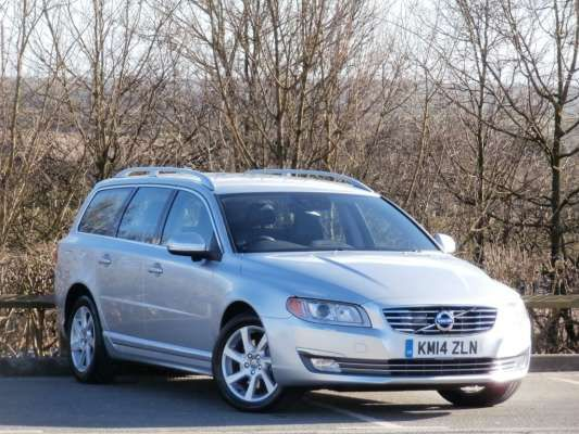 Used 2014 (14 reg) Silver Volvo V70 D5 [215] SE Lux 5dr Geartronic for sale on RAC Cars