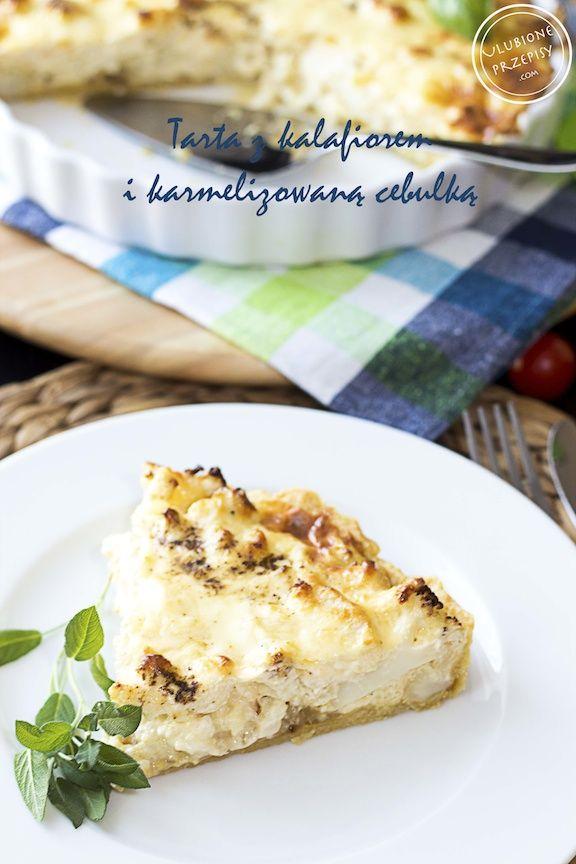 """Pyszna, bezmięsna propozycja na obiad: Tarta z pieczonym kalafiorem, mascarpone i karmelizowaną cebulką. Jedna z moich """"najulubieńszych""""  Polecam http://ulubioneprzepisy.com/2014/04/10/tarta-z-pieczonym-kalafiorem-karmelizowana-cebula-i-mascarpone/ #tarta #obiadnapiatek"""