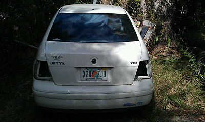 VW JETTA 2000 CAR PARTING OUT LOT OF  PARTS LEFT OVER AFTER PROJECT MOST BODY