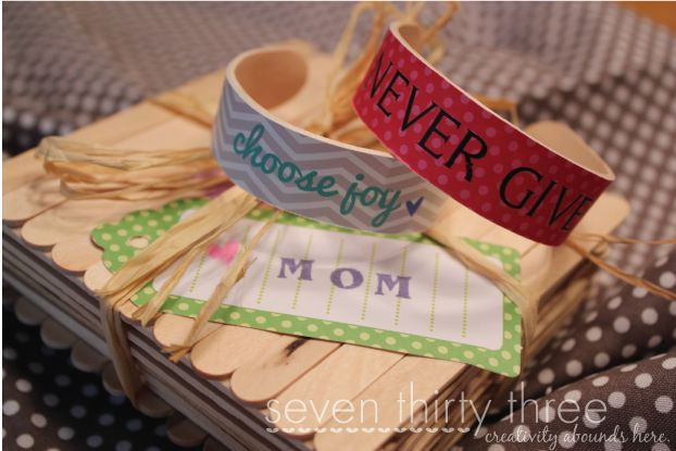 Popsicle Stick Braclets are a creative craft for kids that involves a small amount of prep work but ends in an awesome, custom piece of jewelry!