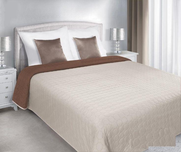 Prošívaný oboustranný přehoz na postel smetanově hnědý