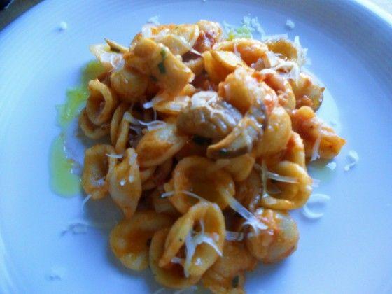 Orecchiette con salsiccia e funghi | Ricette della Nonna