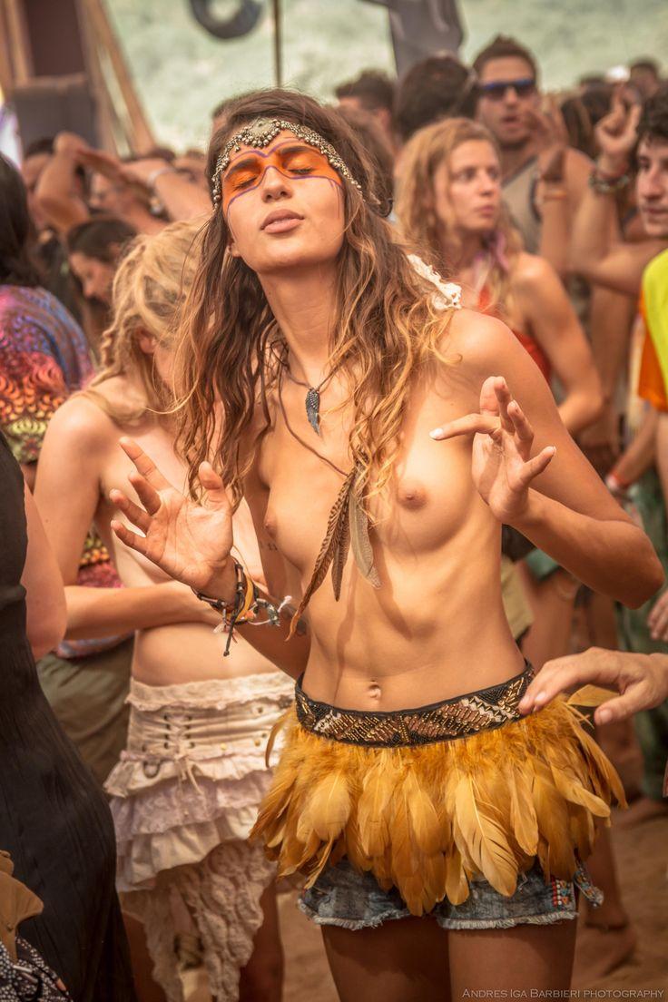 nude girls music festival