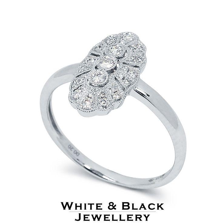 Klasszikus stílusú filigrán eljegyzési gyrű gyémántokkal - Classic style diamond ring for a special engagement