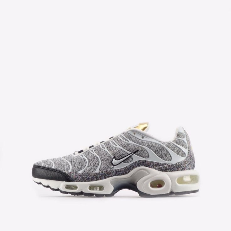 Nike Air Max Plus SE TN Tuned Womens Shoes in White/Black #Nike #CasualShoesTrainers