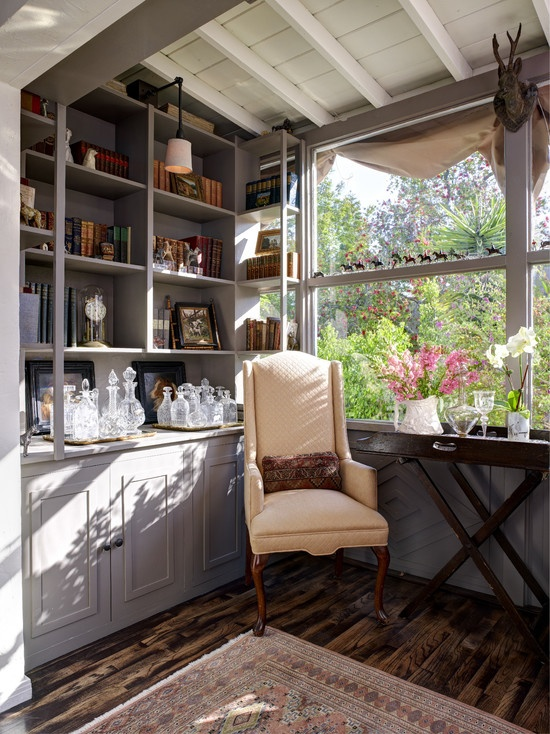 63 best library built in shelves images on pinterest - Traditional living room paint colors ...