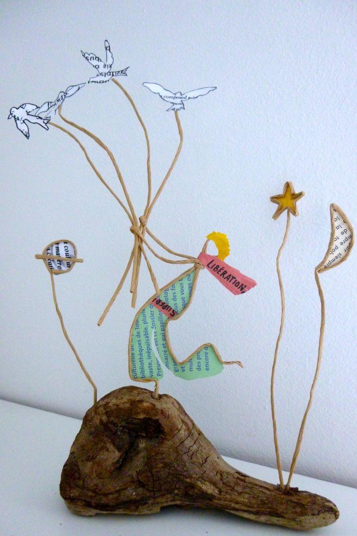 Les amoureux sous la pluie - figurines en ficelle et papier