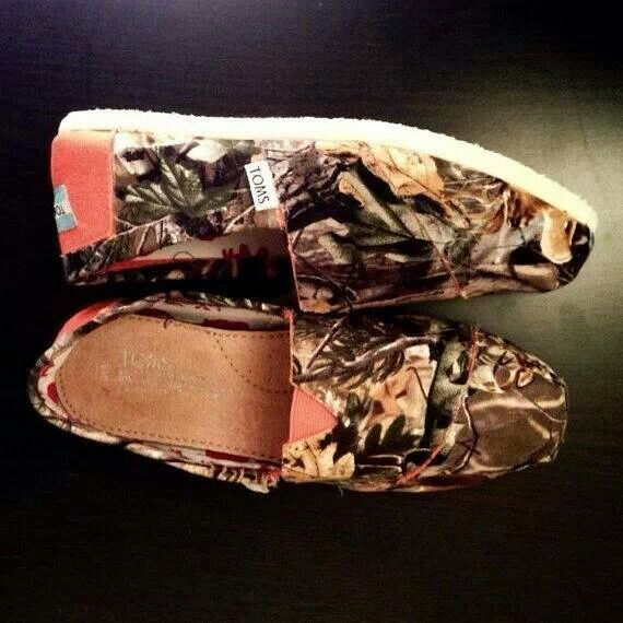 So I'm not a fan of bobs or Toms but I might wear these