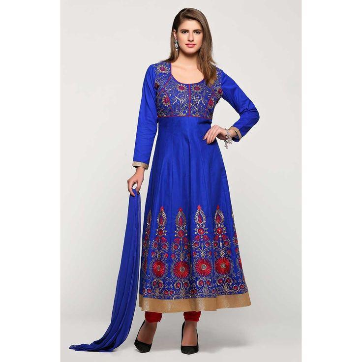 Acheter magnifique, Anarkali churidar coton costume, Laïla bleu brodé andaaz vêtements dans la boutique. Andaaz mode apporte la dernière collection de vêtements ethniques de créateurs en FR   http://www.andaazfashion.fr/salwar-kameez/anarkali-suits/blue-c
