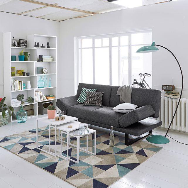 Canapé convertible idéal pour accueillir dans un petit espace!