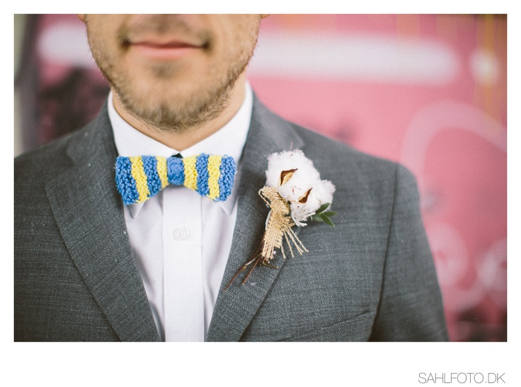 wedding groom bow tie and boutonniere