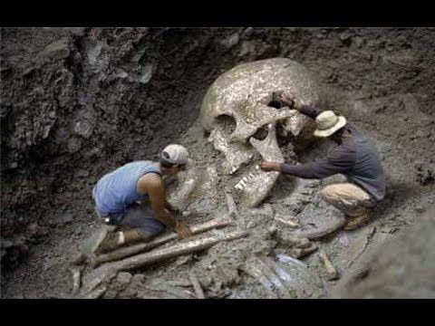 Esqueleto humano gigante encontrado - YouTube