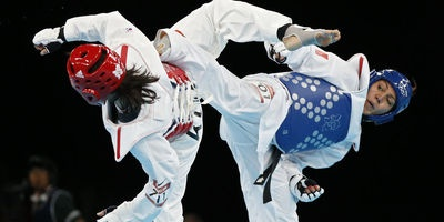 Anne-Caroline Graffe (en bleu), médaillée d'argent de taekwondo