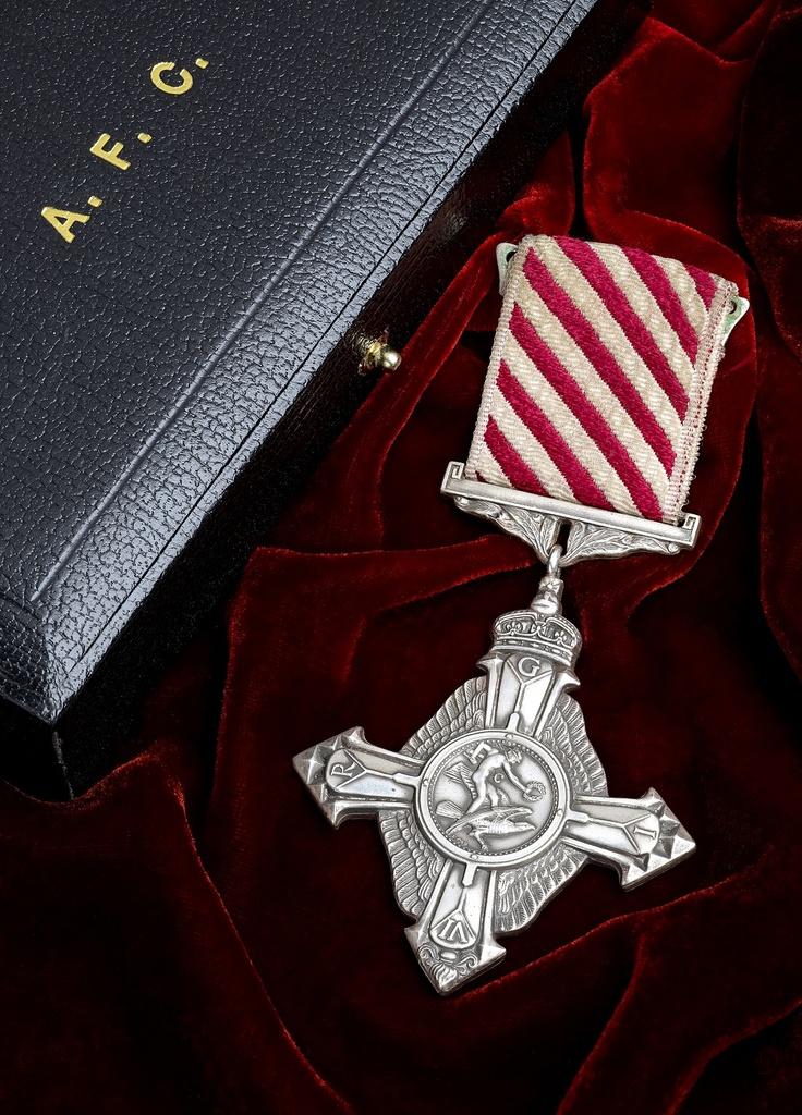 Air Force Cross, George VI.