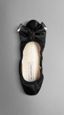 Burberry BOW DETAIL SATIN SLIPPERS Item 38621411 $250.00