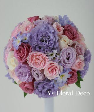 大人っぽい紫のドレスに合わせる紫ピンクのラウンドブーケ @ウェスティンホテル東京 ys floral deco