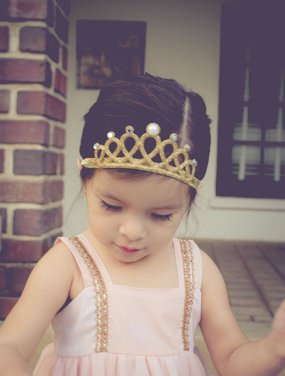 $6.29 (Buy here: https://alitems.com/g/1e8d114494ebda23ff8b16525dc3e8/?i=5&ulp=https%3A%2F%2Fwww.aliexpress.com%2Fitem%2FPrincess-Gold-Glitter-Crown-Baby-Crown-Headband-Birthday-Crown-Tiara-Headband-Hair-Accessories-Photography-Props%2F32702216776.html ) Princess Gold Glitter Crown Baby Crown Headband Birthday Crown Tiara Headband Hair Accessories Photography Props for just $6.29