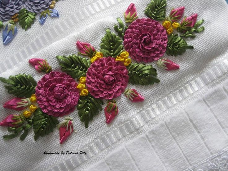 rick rack flowers and ribbon leaves ♡