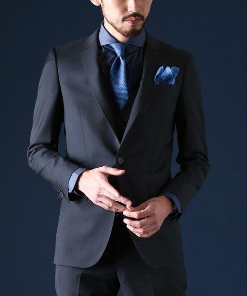 <結婚式 服装 男性 列席者スタイル> 深めブルーでシックに