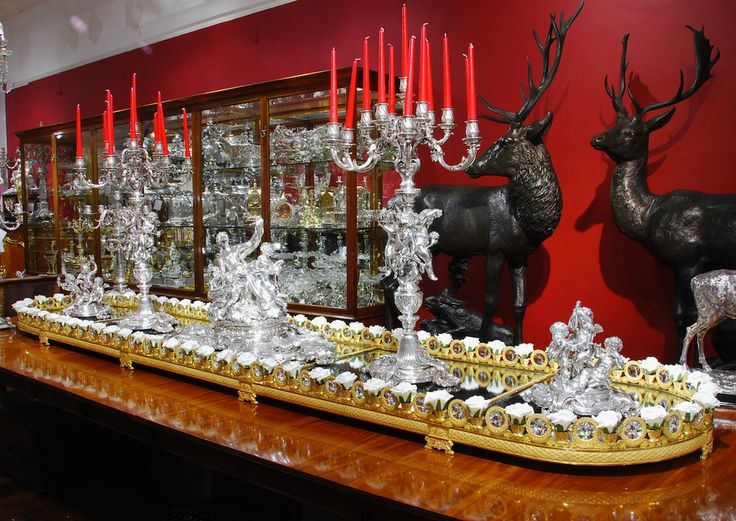 106 best images about thomire similii on pinterest for Silver centerpieces for dining table