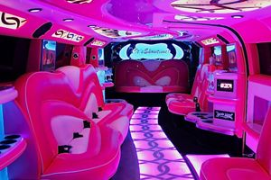 #Pink_Humme_Limousines