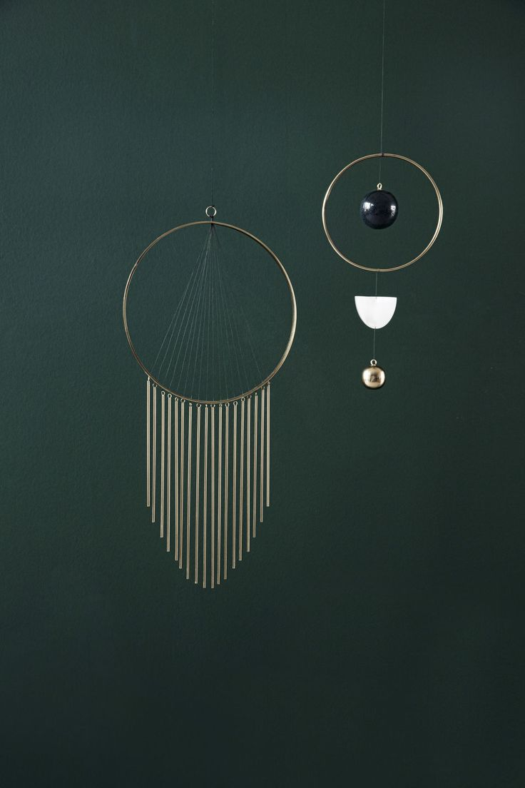 We pair brass details with dark hues of black, brown and green to create a sophisticated and calming space. And materials are combined to create unique – and personal – expressions.