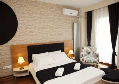 """Taksim Ultra VIP Apartments - Istanbul  Better than best!!! Probably the best apartments of Istanbul. Taksim Ultra VIP Apartments (4 bedroom apartments) are located in the best avenue of Taksim called as """"Cihangir Avenue"""", just 150-200 meters away from Taksim Square and also Findikli Sea-side as well. All touristic areas are just in 3-4 minutes walking distance."""
