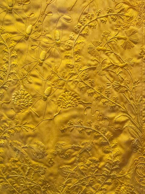Golden Spider Silk // V Museum London