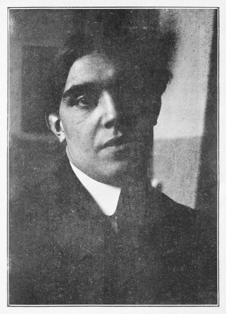 Juan Gris, retrato fotográfico publicado en Los Pintores cubistas, Meditación estética (Les Peintres Cubistes, Méditations Esthétiques) de Guillaume Apollinaire de 1913.