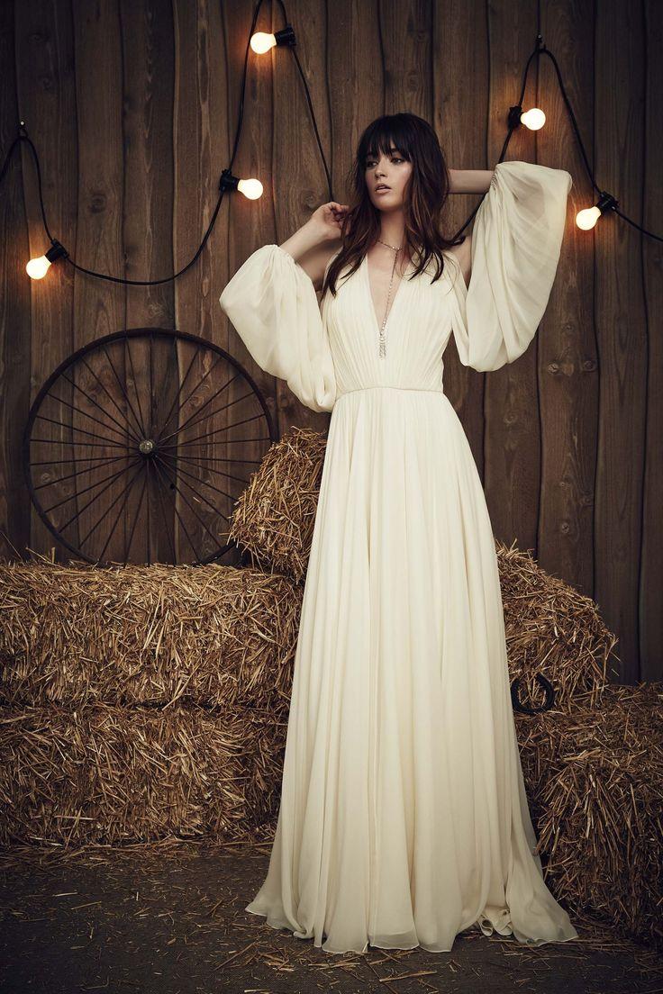 Amigas da Noiva: Bridal Fashion Week Spring 2017 | Jenny Packham