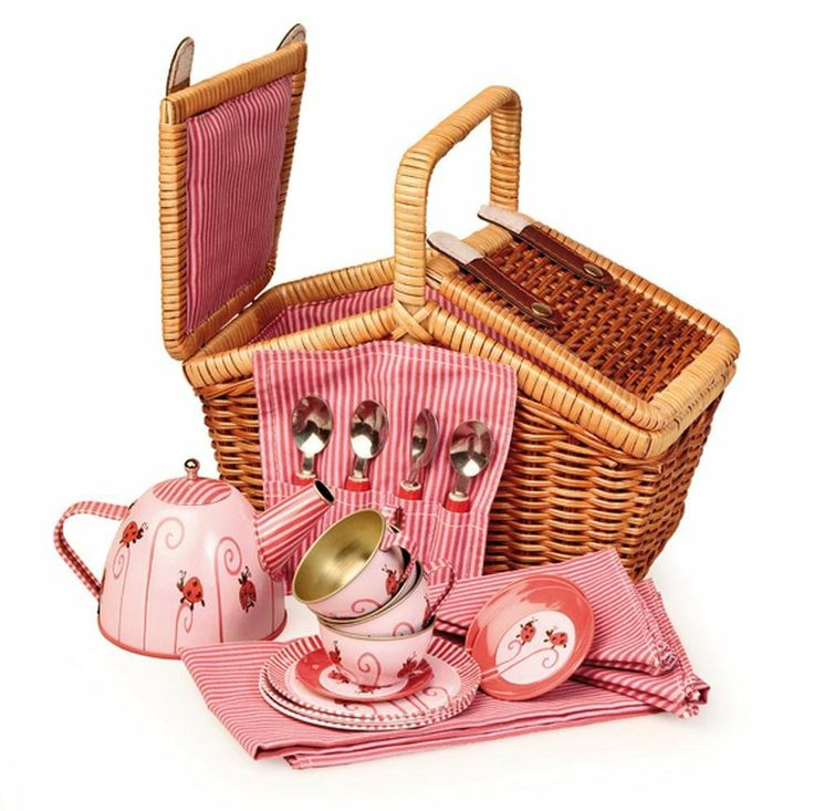 Egmont Toys Tin Tea Set Ladybug with Basket: Amazon.co.uk: Toys & Games