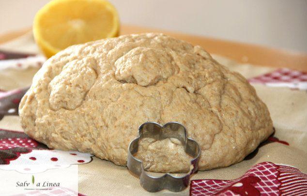 Pasta frolla integrale senza uova e senza burro (300 calorie)