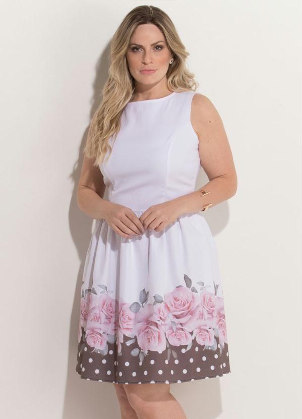 7e5b72b9c Vestido Quintess Branco e Preto Evasê Plus Size - Compre em até 5X sem  juros na
