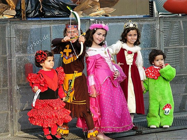 Are you looking for a frightfully cool Halloween costume for your little one? We've scoured the city in search of the best costume shops and swaps and compiled a list of our faves.