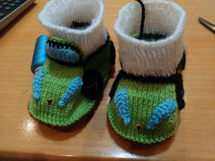 Ferrari cars baby boots knitting, amigurumi Бебешки терлици, ботуши, коли Ферари, плетени, плетиво Ferari araba bebek terlikleri, örgü