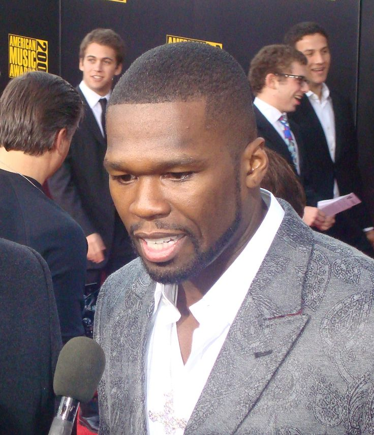 50 Cent (Curtis Jackson) bancarotta per il rapper americano - Periodo buio per il rapper 50 Cent che è stato obbligato a dichiarare bancarotta. A svelare la notizia è il quotidiano americano The Wall Street Journal. - Read full story here: http://www.fashiontimes.it/2015/07/50-cent-curtis-jackson-bancarotta-per-il-rapper-americano/