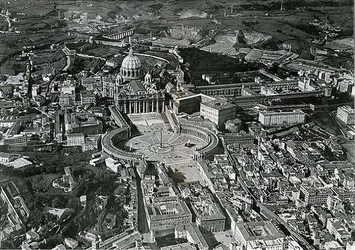 San Pietro e Spina di Borgo dal dirigibile Anno: 1922