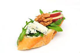 Výsledek obrázku pro obložený chlebíček