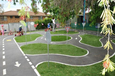 playground road for kids cars - 488×324