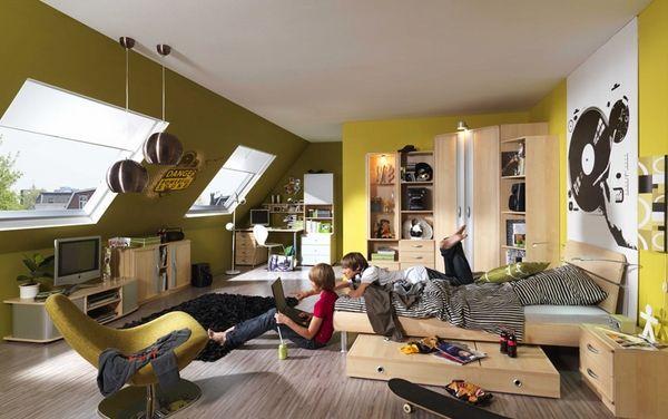 best 25 teenage attic bedroom ideas on pinterest boho. Black Bedroom Furniture Sets. Home Design Ideas
