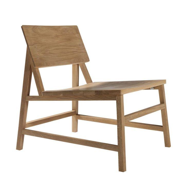N2, loungestoll i massiv ek eller teak med klassisk tidlös design från Ethnicraft. I samma serie finns även barpall, barstol, matstol, pall och soffa. Samtliga är konstruerade för att hålla en livstid eller längre.Hela N-kollektionen är formgiven av Nathan Yong, som har sin bas i Singapore.