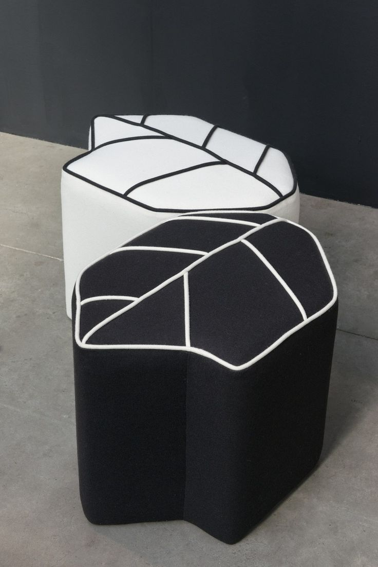 Пуф / подставка для ног LEAF SEAT by Design by nico дизайн Nicolette de Waart