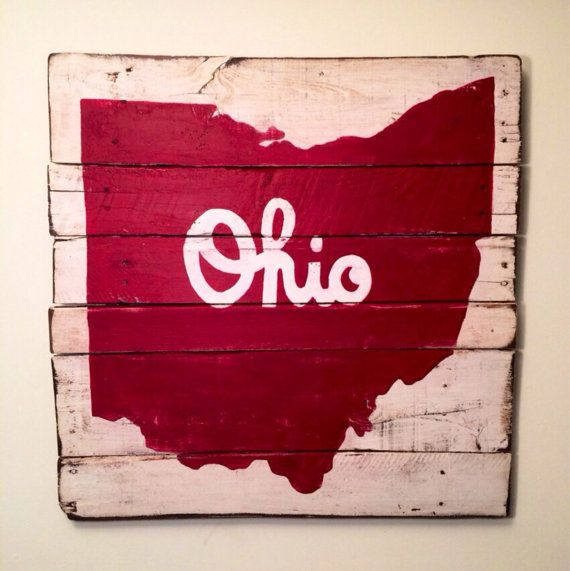 Script Ohio hand painted on reclaimed wood. The word Ohio can be painted in either black or white, choose your preference when ordering! Perfect