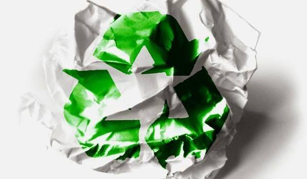 #EcoDato Utilizar el #Papel por ambas caras salva a 50 de cada 100 árboles empleados en la industria papelera. Por cada tonelada de papel que se recicla, 17 árboles adultos se salvan de ser destruidos y permite ahorrar 20 mil litros de agua y 4 mil kilowatts de energía eléctrica. #Ecologízate