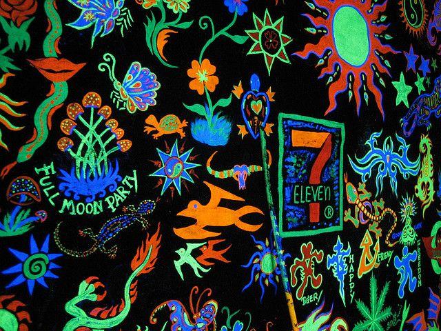 full moon party neon
