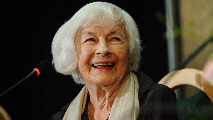 Meghalt az ANYÁM és más futóbolondok idős színésznője   Danuta Szaflarskát 102 éves korában érte a halál  24.hu 2017-02-21