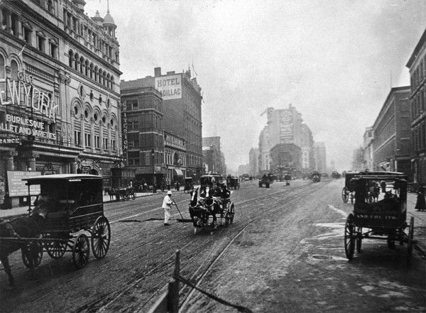 Long Acre Square w 1908 roku (fot. Museum of the City of New York/Getty Images)